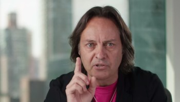 T-Mobile is convincing customers to switch carriers at 'astonishing rate,' research group says