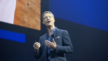 Tableau adds nearly 4,000 customers, but stock drops 5% after earnings miss