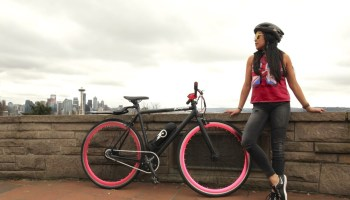 Seattle startup Propella launched their lightweight, single-speed ebike on Indiegogo today.