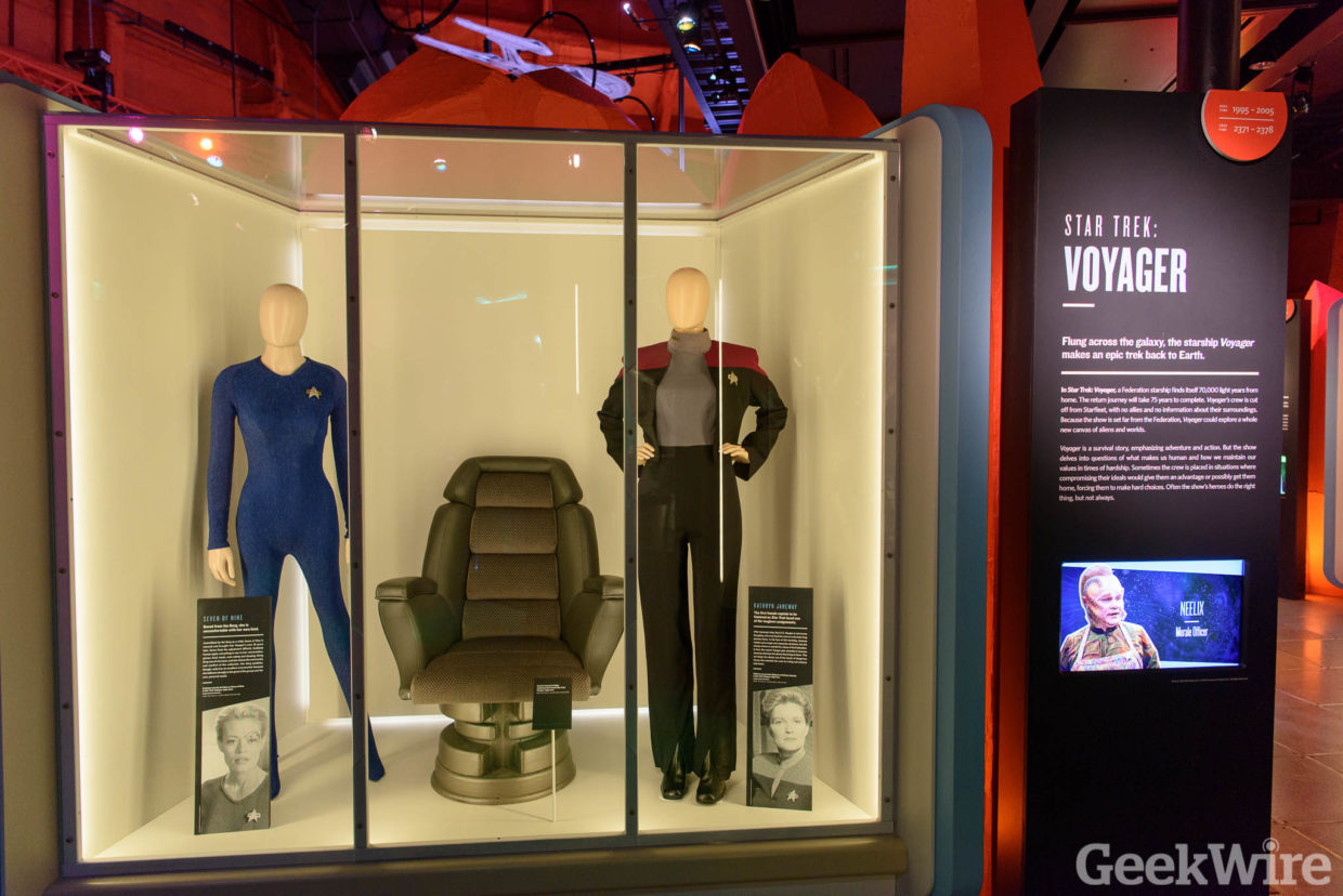 star trek captain s chair plans upholstered bedroom with arms 39star 39 shows its agelessness in emp exhibit