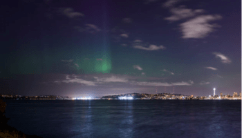 Relive Seattle's night of the northern lights with these spectacular pictures