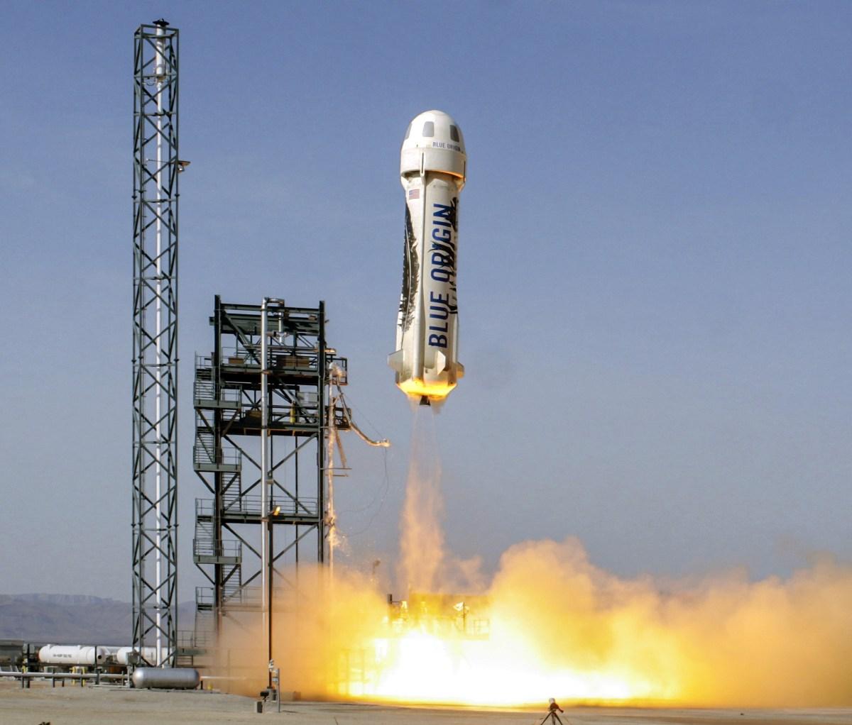 Blue Origin live-streams test flight to space