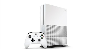 Xbox One S arrives August 2, same day as Windows 10 anniversary update