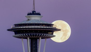 This supermoon will be extra-super