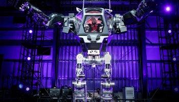 Bezos in robot