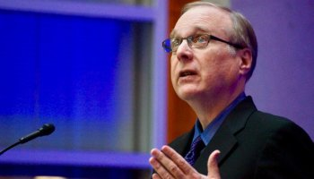 Microsoft co-founder Paul Allen donates $1M to gun reform initiative in Washington state