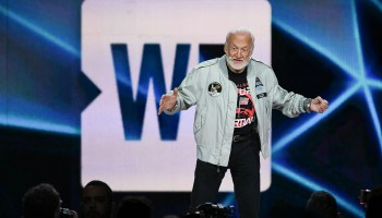 Seahawks star Russell Wilson, astronaut Buzz Aldrin share inspiration with students at WE Day