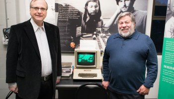 Microsoft co-founder Paul Allen meets Apple co-founder Steve Wozniak for the first time