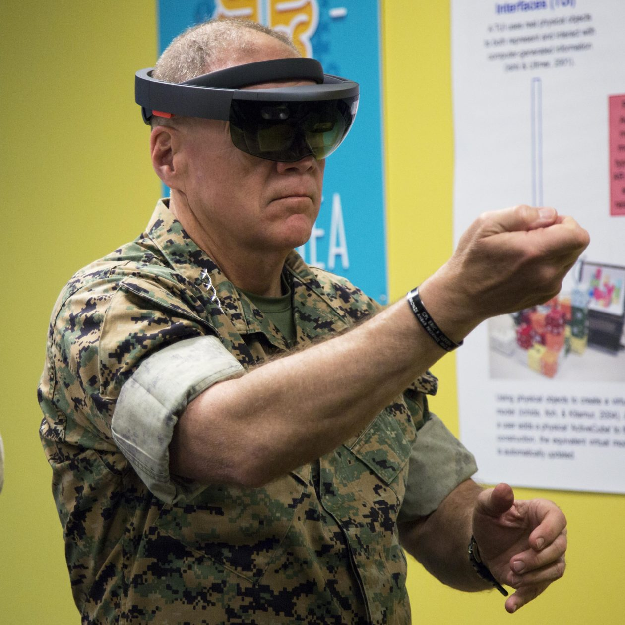 Army Computer Engineer Cover Letter Employees Call On Microsoft To Drop Hololens Us Army Contract We
