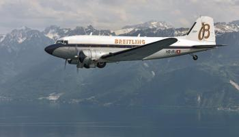 What it's like to fly in the 77-year-old Breitling DC-3 as it circles the globe