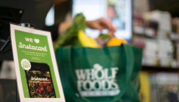 Instacart growing faster than expected despite Amazon's deal to swallow up Whole Foods
