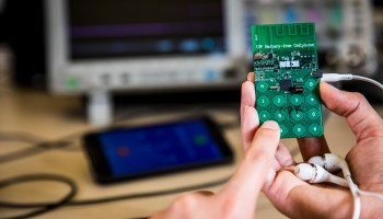 University of Washington researchers unveil battery-free cellphone that runs on radio and light energy