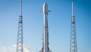 SpaceX launches 'Zuma' spacecraft with secret U.S. government payload, lands Falcon 9
