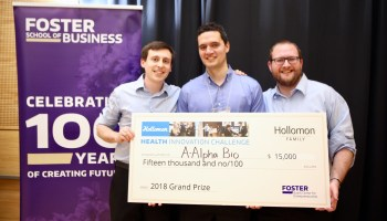 Student entrepreneurs tackle genetic testing, clinical trials at health startup competition