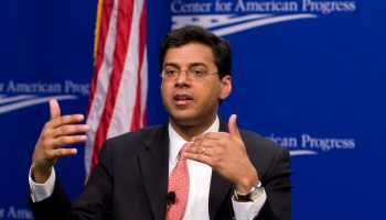Atul Gawande starts first day as CEO of Amazon, Berkshire Hathaway and JPMorgan health venture