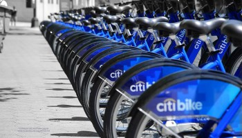Lyft joins bikeshare race with Motivate acquisition