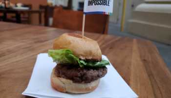 Bill Gates-backed Impossible Foods unveils 'Impossible Burger 2.0,' coming to grocery stores later this year
