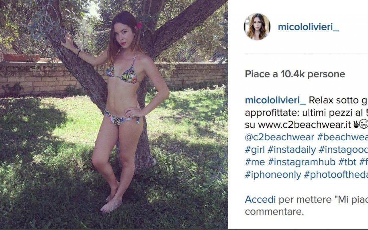 Lestate di Micol Olivieri tra sexy bikini e tanto social