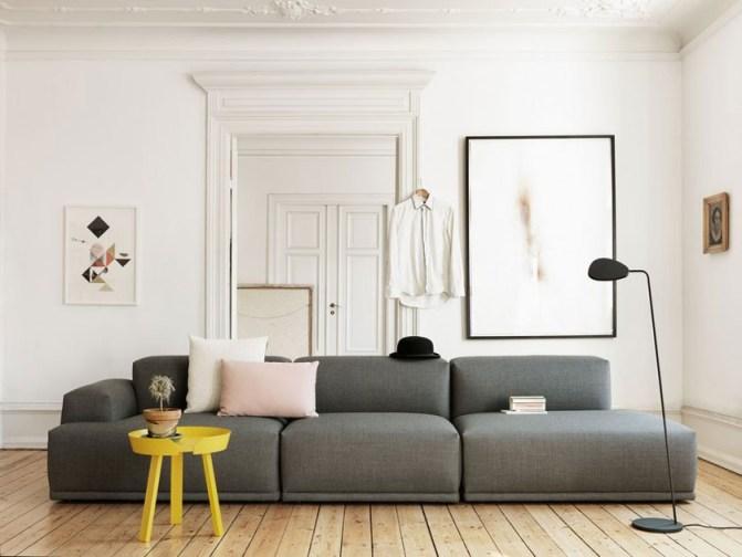 Il divano Steelcut di Muuto, con rivestimenti Kvadrat. Quattro elementi sono ora a 2150 euro (da 5485). La consegna in Italia costa 195 euro. Info: contractsales@muuto.com.jpg
