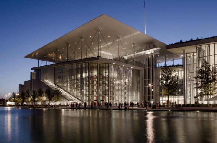 La Stavros Niarchos Foundation progettata da Renzo Piano, foto di Noctifer da Flickr