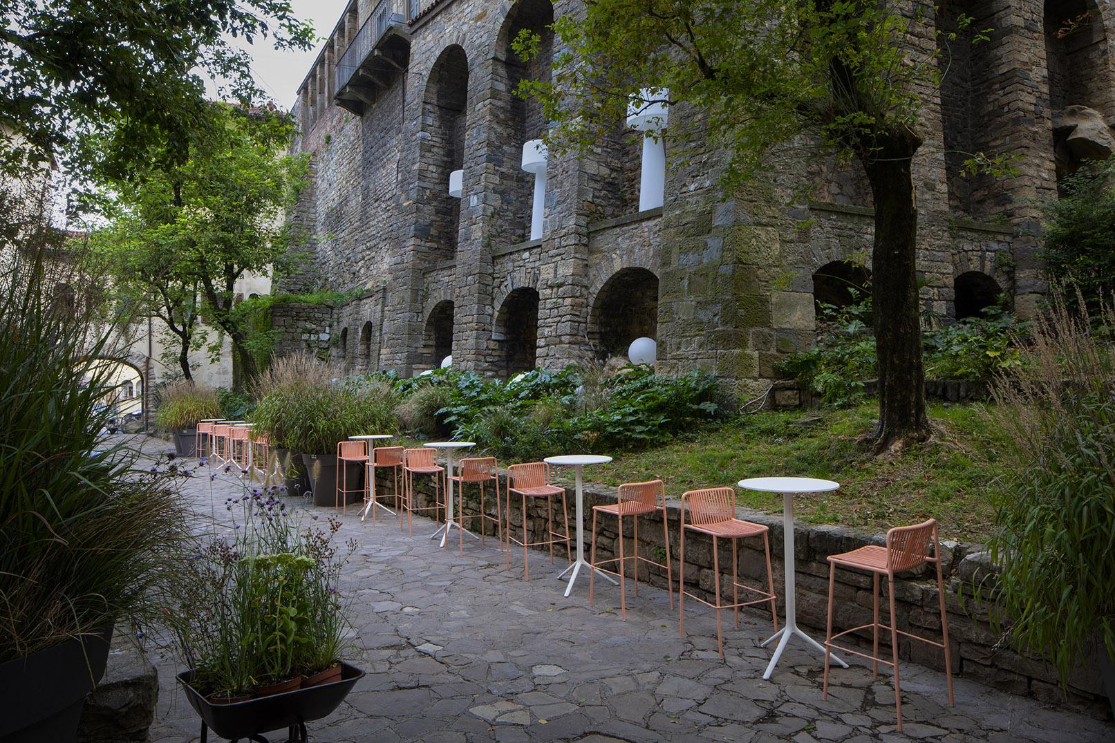 Mobili Da Giardino Bergamo.Arredo Giardino Bergamo Arredo Verde Di Una Terrazza In Una Casa D