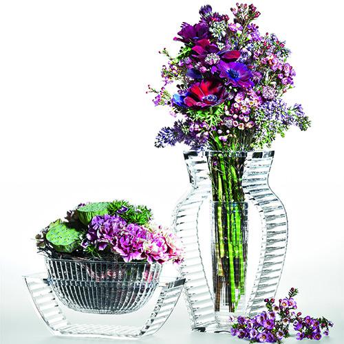 Per piante o per fiori recisi, durante la bella stagione saranno verdi e colorati, mentre in inverno. Vasi Arredare Con I Fiori Casa Design