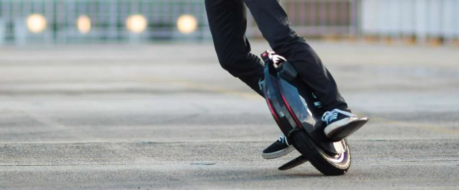 inmotion v10 electric unicycle