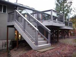 Corner Deck Stairs Design Railings Ideas   Get in The Trailer