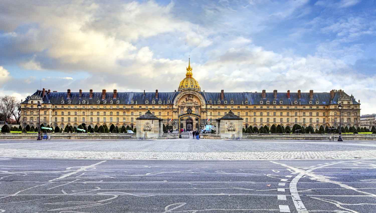 Paris Circuits Arrts Multiples GetYourGuide