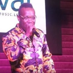 Brand New Toyota Camry Nigeria Harga Yaris Trd 2018 Video Nigerian Singer Duncan Mighty Surprises Widow With A