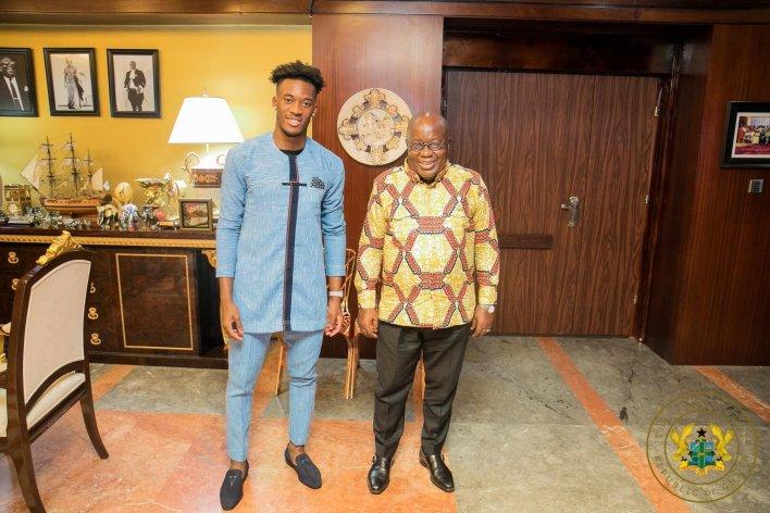 PHOTOS: Chelsea winger Callum Hudson-Odoi pays visits to Prez Akufo-Addo 5