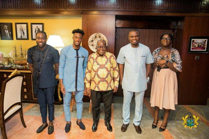 PHOTOS: Chelsea winger Callum Hudson-Odoi pays visits to Prez Akufo-Addo 3