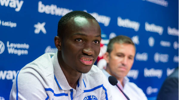 Danish side Vejle Boldklub terminate Raphael Dwamena\'s loan deal after heart scare