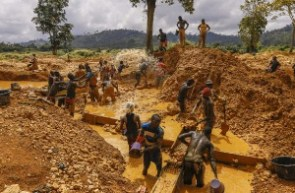 Government has been commended for the fight against illegal mining