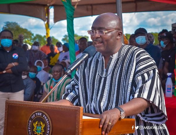 Stop the tribal politics –  Bawumia cautions Mahama