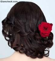 indian hairstyles with flowers
