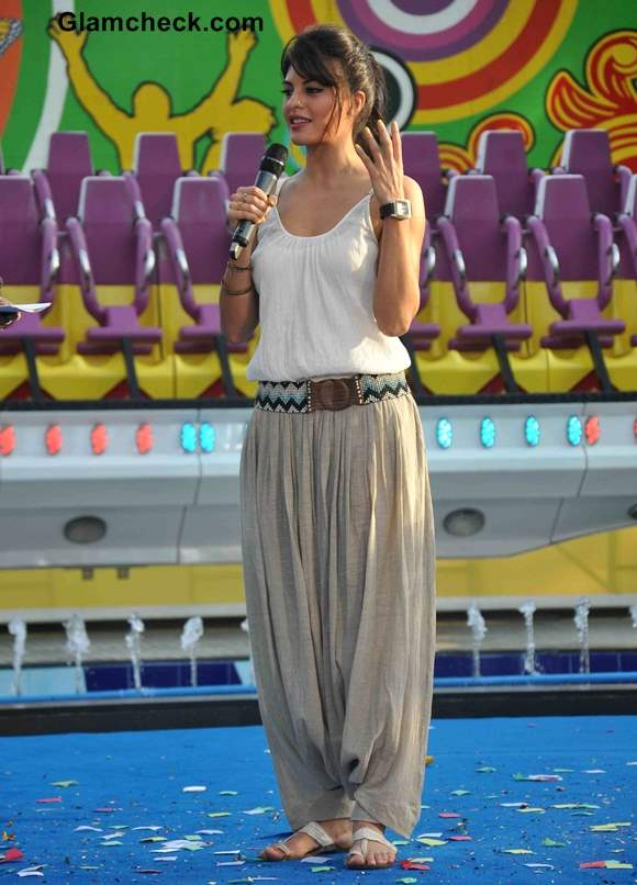 Jacqueline Fernandez Cools off in Palazzo Pants at Essel World