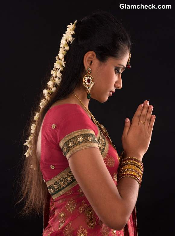 Gajra Hairstyles For All Occasions