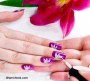 nail art diy white lotus motif