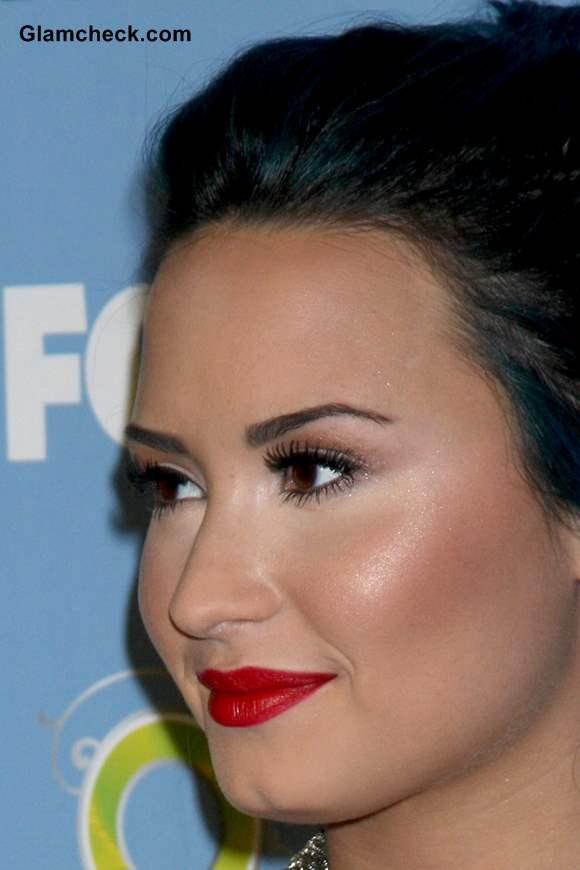 Demi Lovatos Ravishing Otherworldly Hair and Makeup