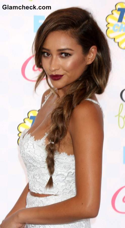 Side Braids At The 2014 Teen Choice Awards Shay Mitchell