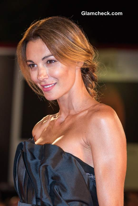 Linda Santaguida Stunning In A Black Gown At The Humbling