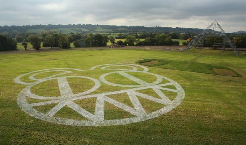 Image result for radiohead glastonbury