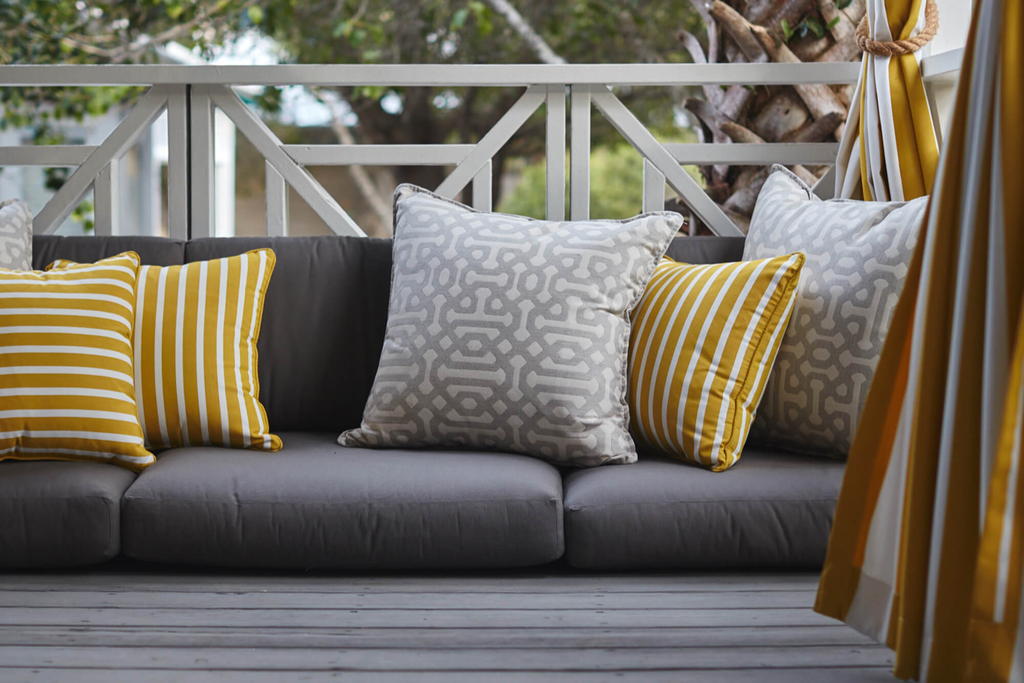 outdoor sofa cushions sunbrella west elm bliss uk telas para el hogar - interior y las ...