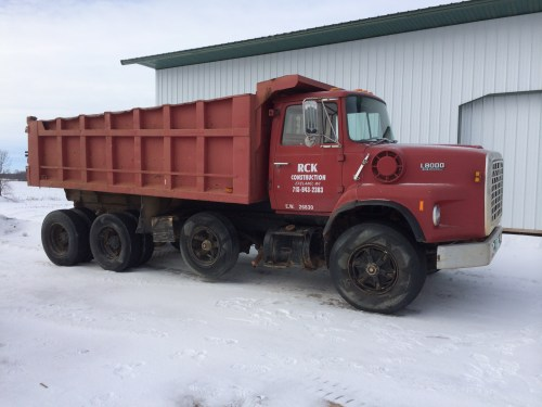 small resolution of lot 4 lot 4 1981 ford l8000 tri axel dump truck