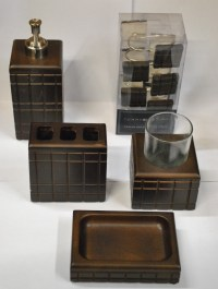 BRAND NEW Tommy Hilfiger Bathroom Set Includes: 12 Tommy ...