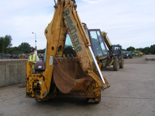 small resolution of case 580k full spec digger loader with cummins engine