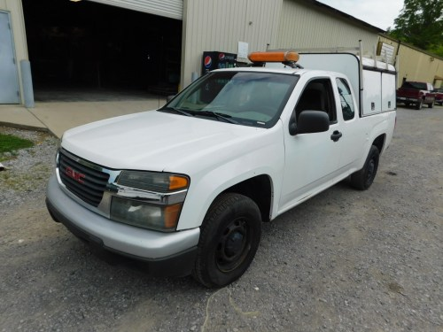 small resolution of lot 27a 2005 gmc canyon extended cab pickup truck 4 cylinder automatic