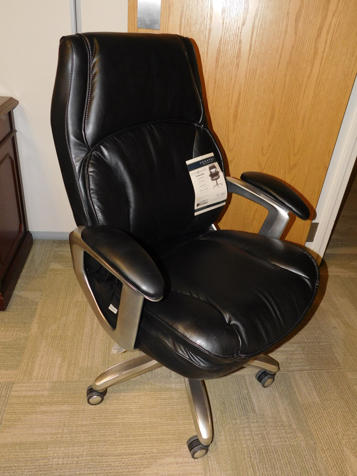 Realspace Chairs Realspace Big And Tall High Back Black Leather Executive