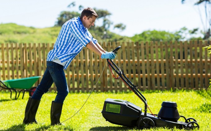 how_to_mow_a_lawn.jpg